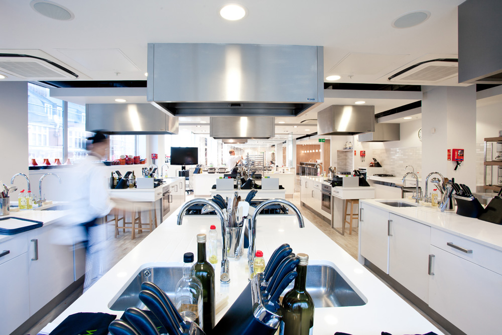 Waitrose cookery school stina willett for Cursos de cocina madrid